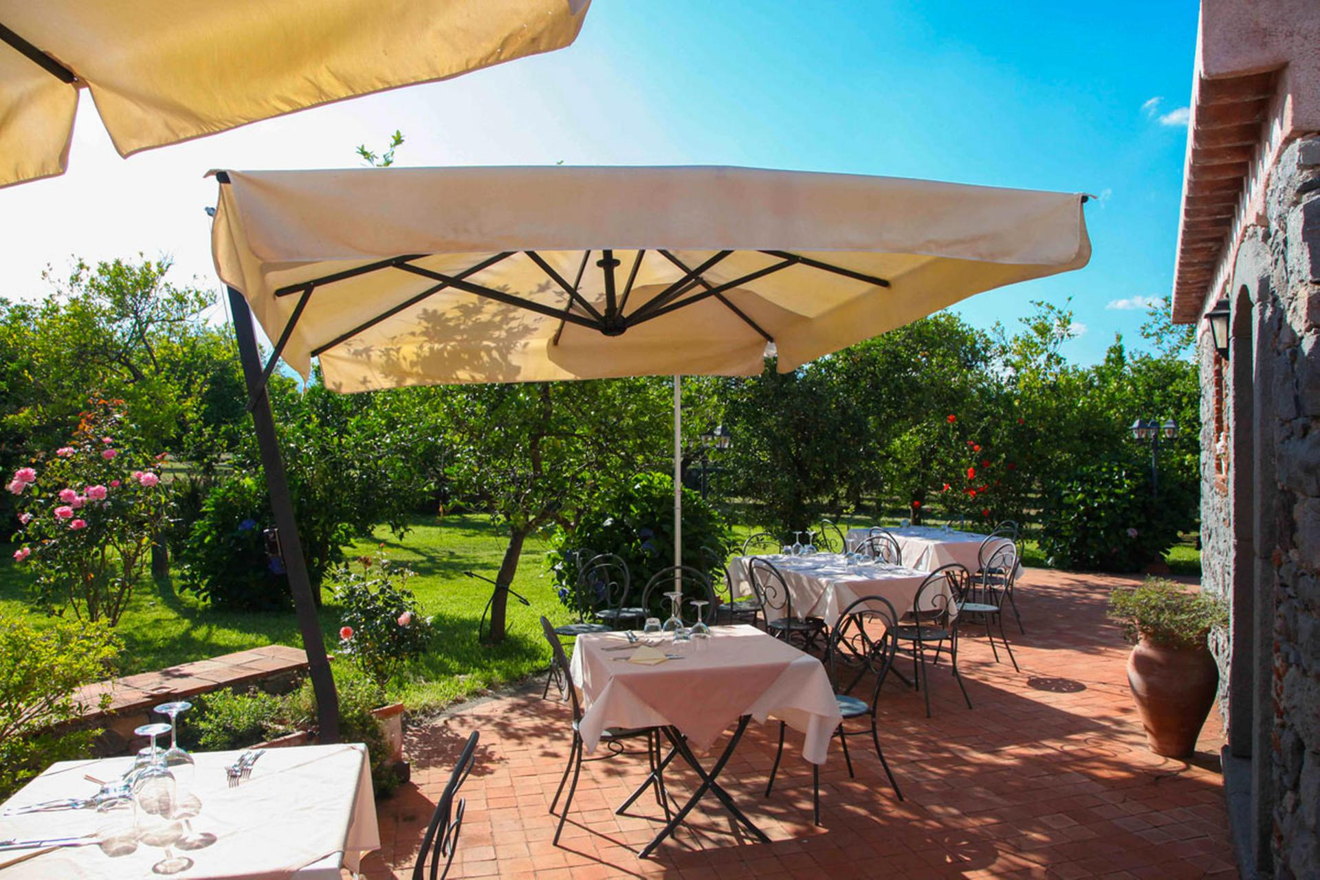 Agriturismo Sicilie Agriturismo tussen de citrusbomen in Sicilie