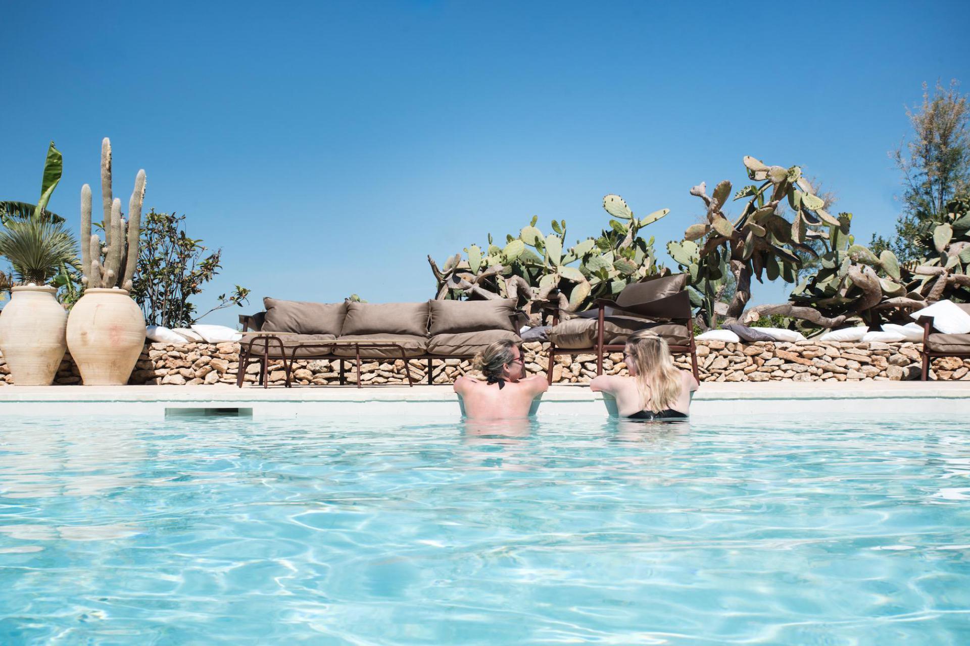 Agriturismo Sicilie Authentieke agriturismo bij zee met romantische binnenplaats