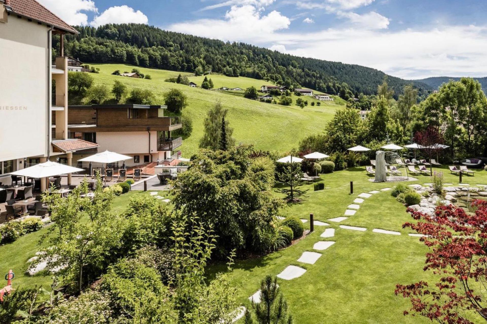 Agriturismo Dolomieten Country hotel in de Dolomieten met wellness