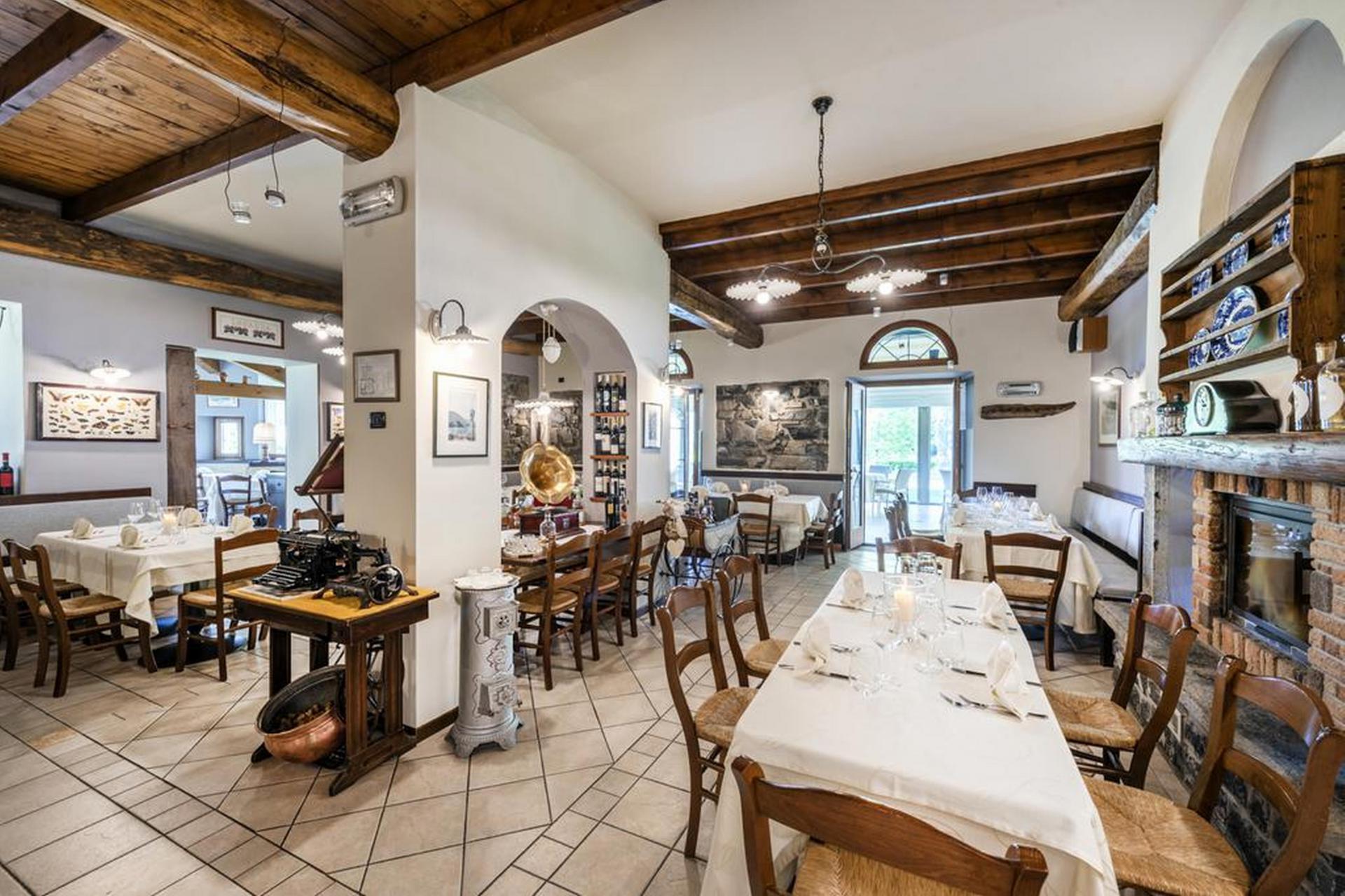Agriturismo Comomeer en Gardameer Knusse agriturismo Comomeer met gezellig restaurant
