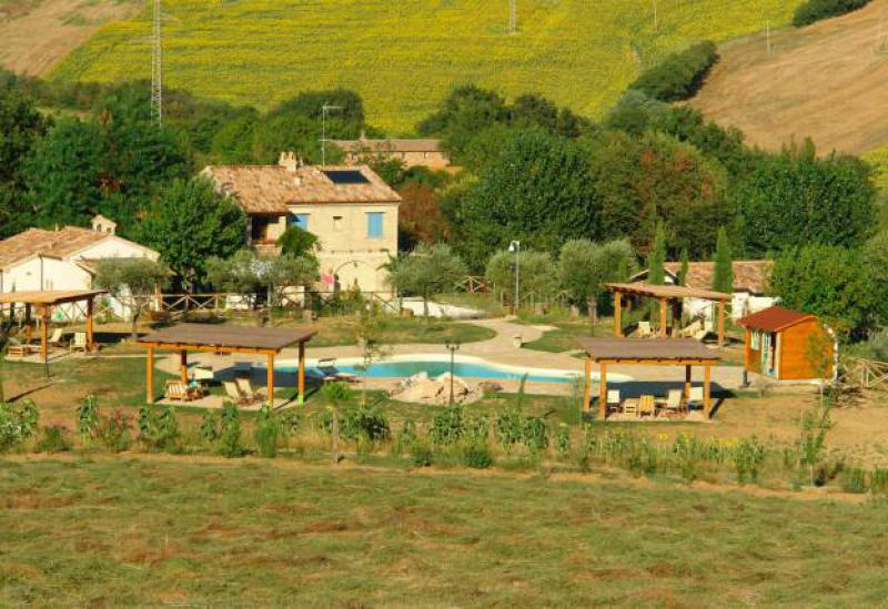 Agriturismo Marche Knusse agriturismo le Marche nabij authentiek dorpje
