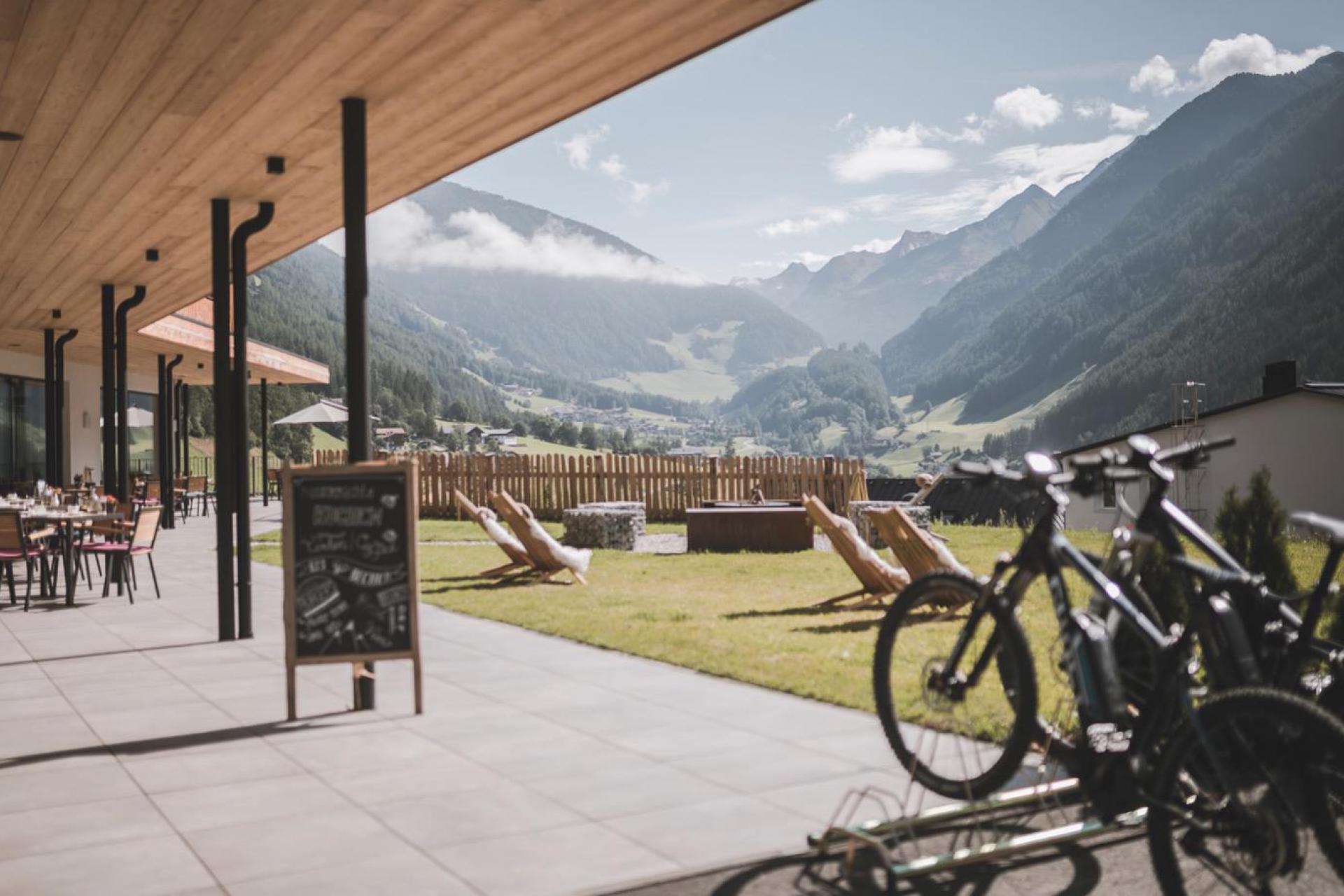 Agriturismo Dolomieten Luxe agriturismo in de bergen met bistrot en wellness