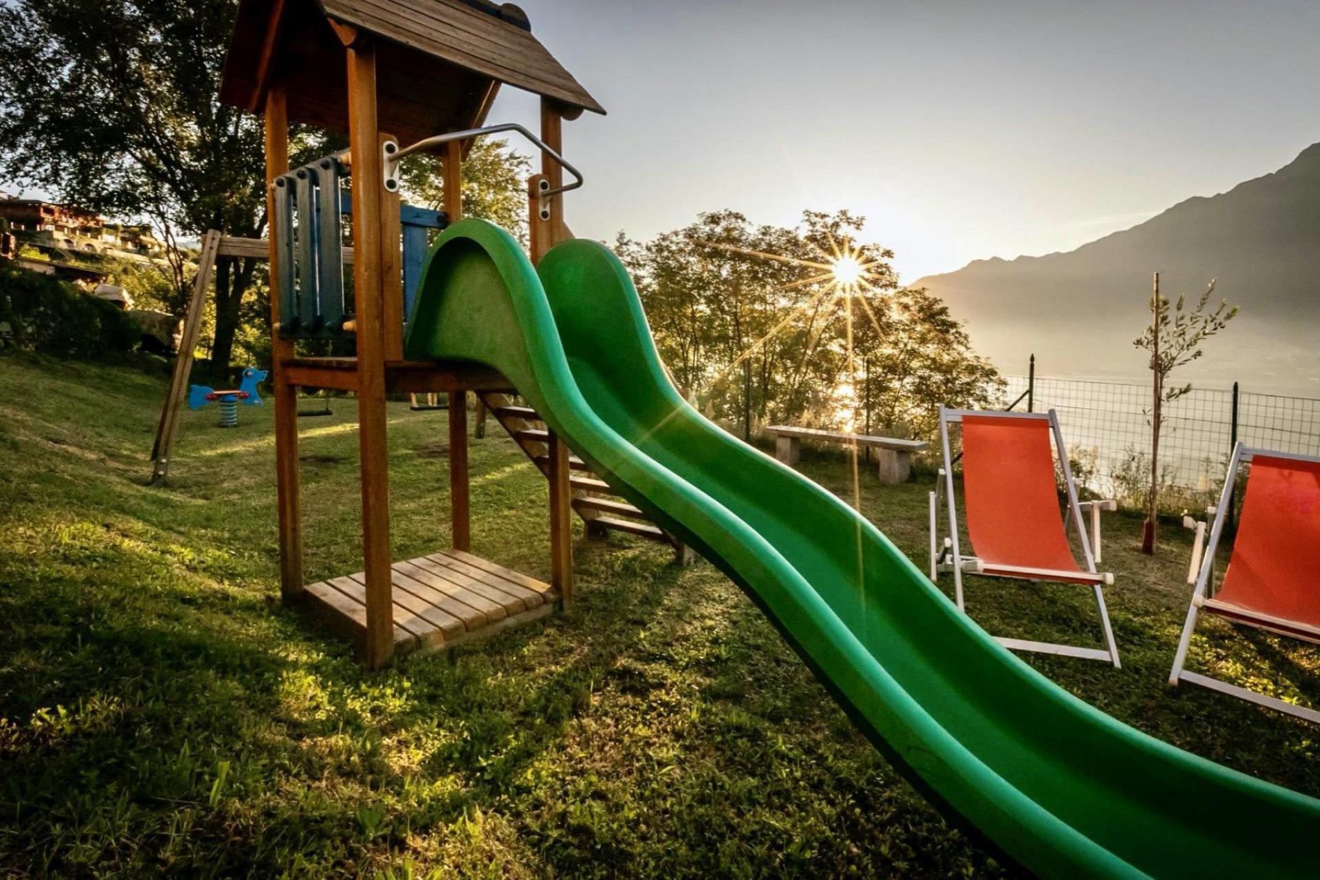 Agriturismo Comomeer en Gardameer Residence Comomeer, kindvriendelijk en prachtig uitzicht