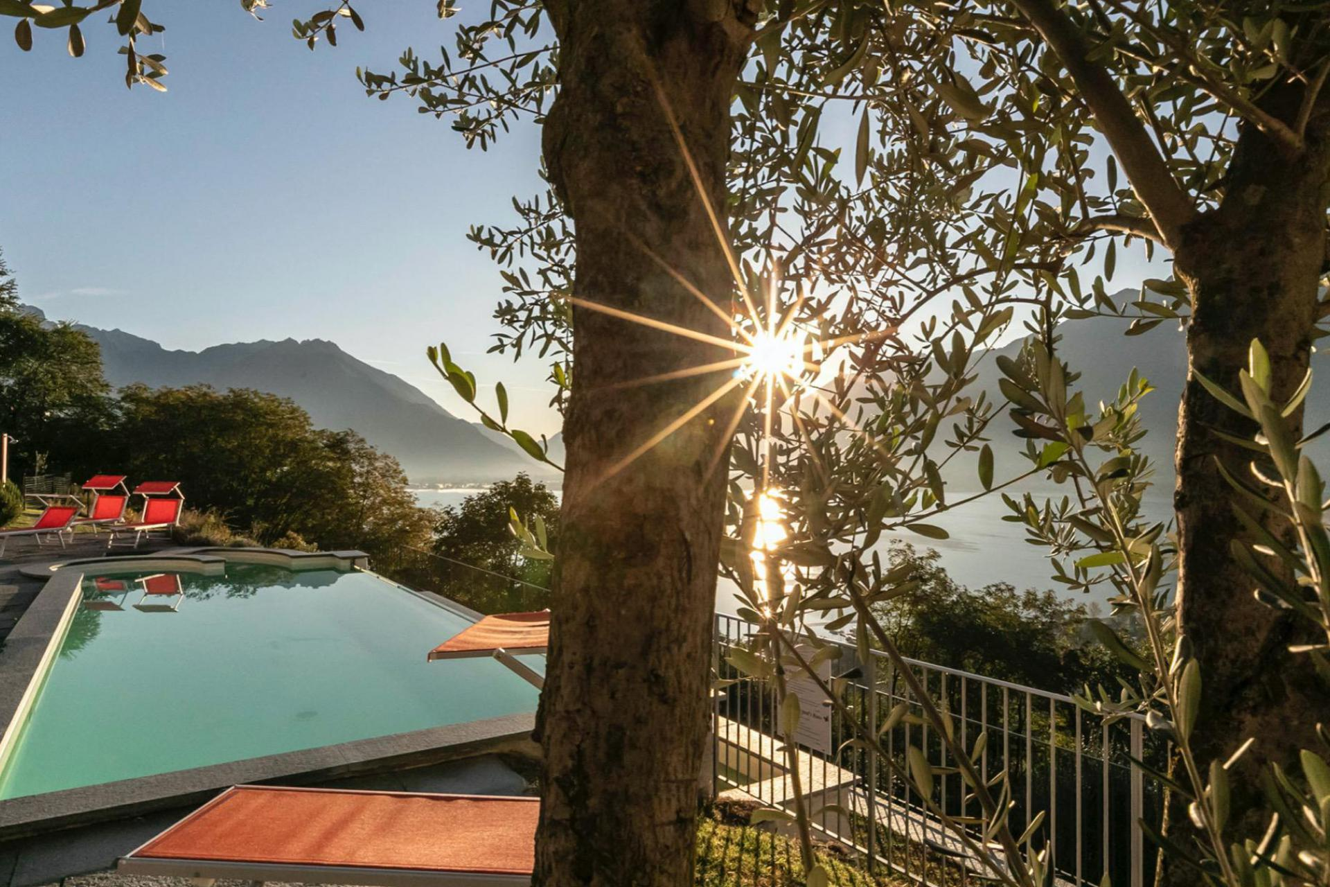 Agriturismo Comomeer en Gardameer Kleine Residence Comomeer met prachtig uitzicht
