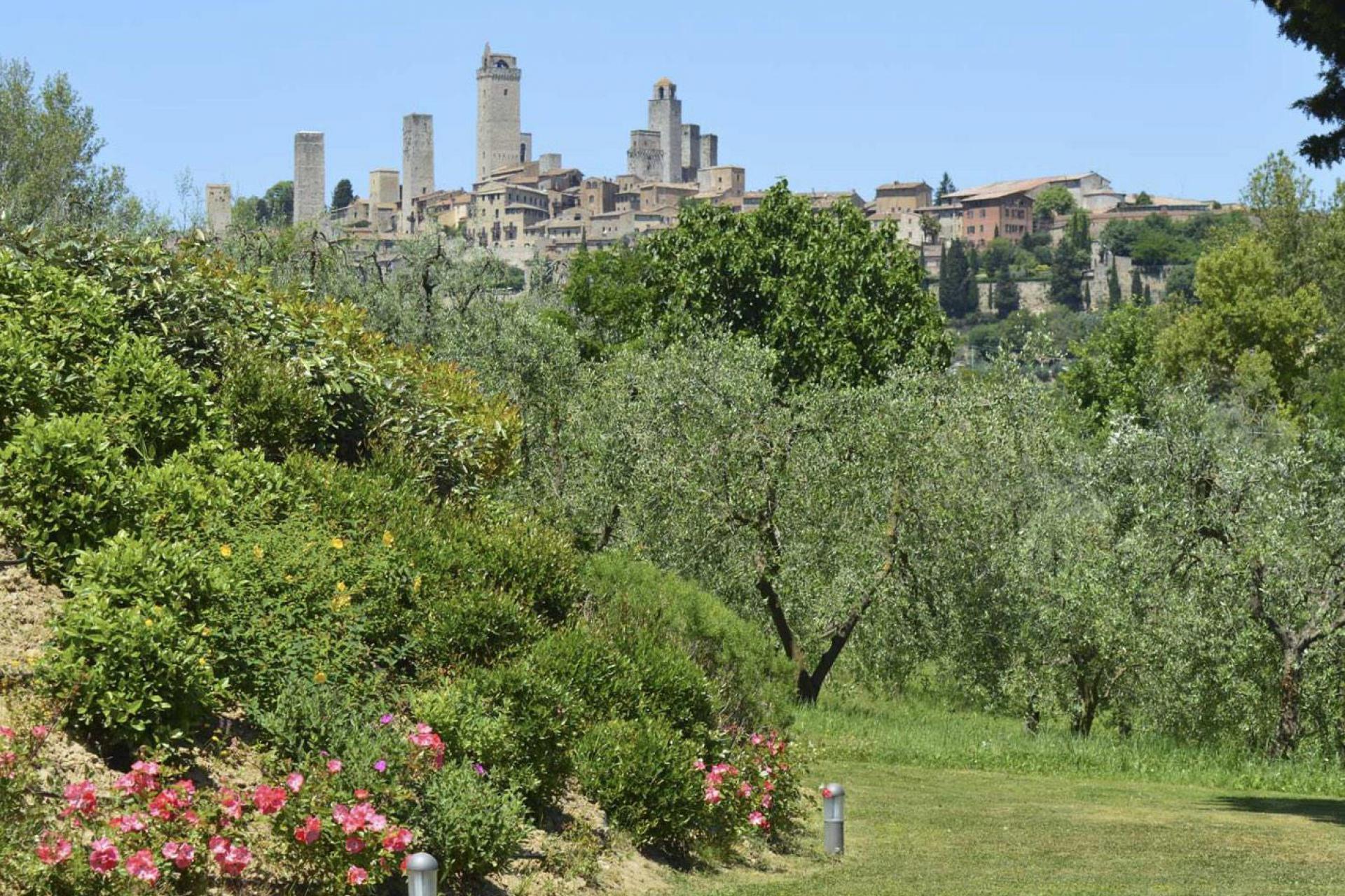 Agriturismo Toscane Romantische agriturismo met uitzicht op San Gimignano