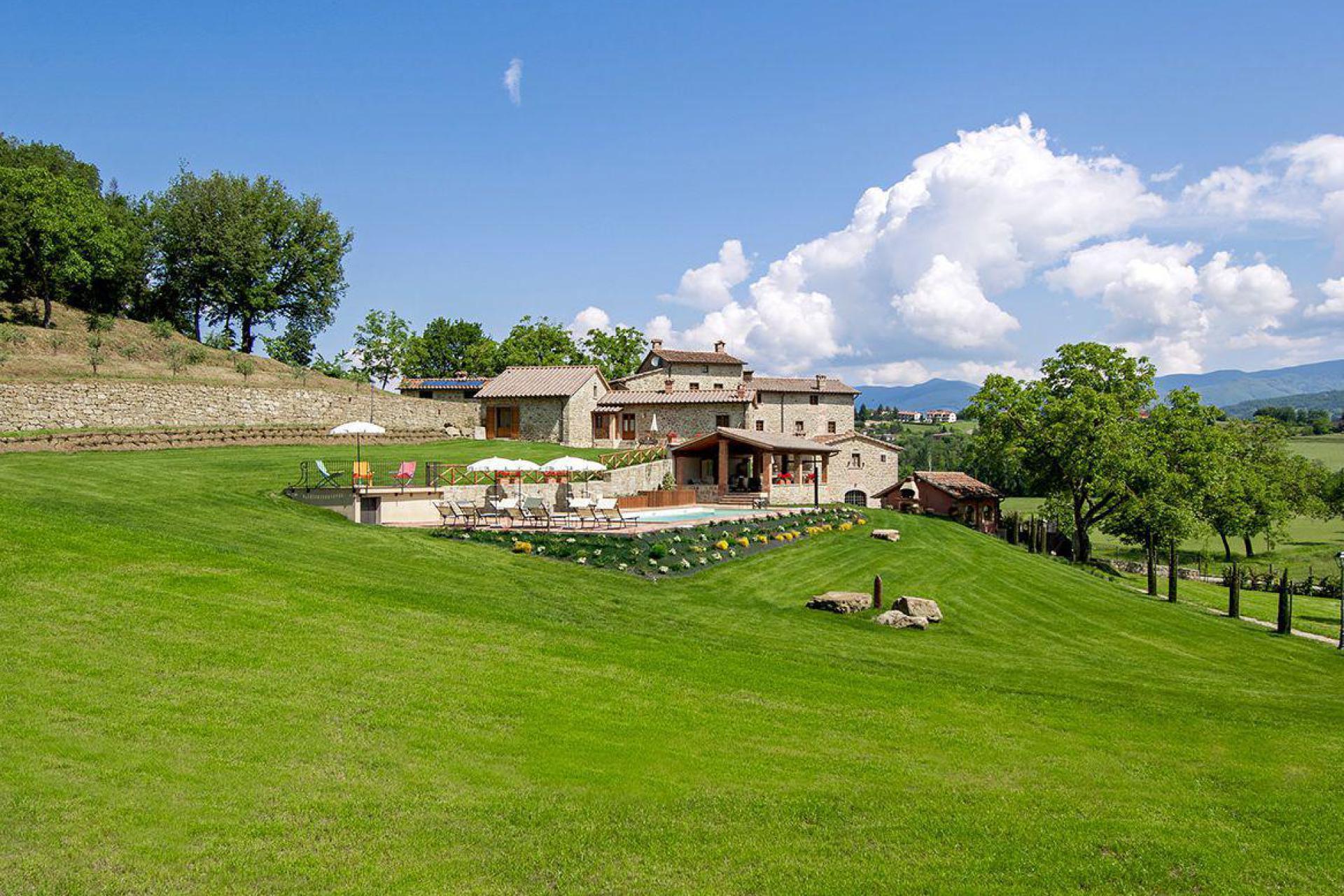 Agriturismo Toscane Stijlvolle agriturismo Siena met uitzicht op de stad