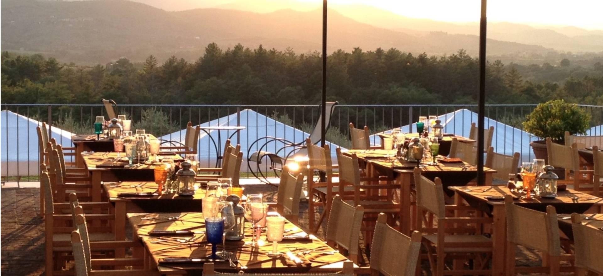 Agriturismo Toscane Agriturismo in Toscane met restaurant en panoramische wijnbar