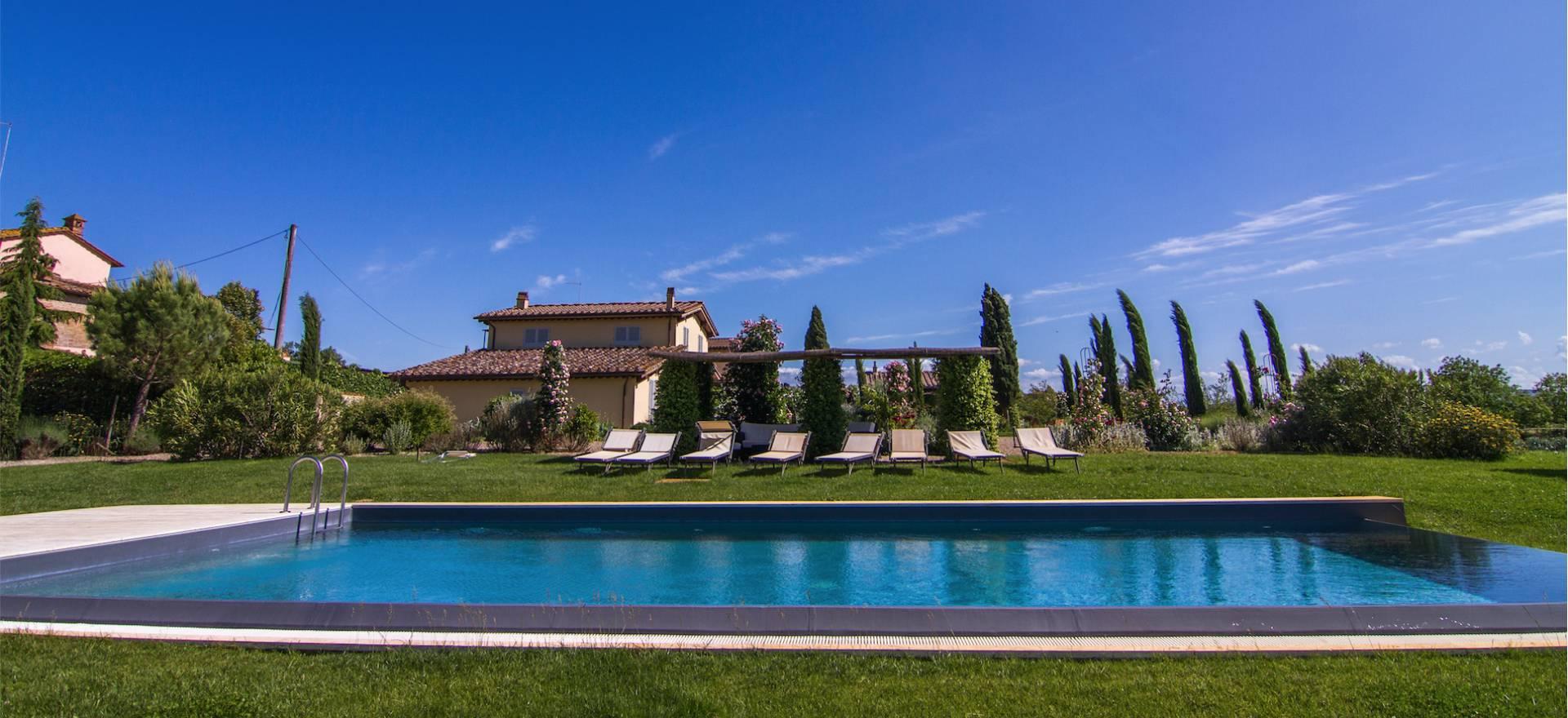 Agriturismo Toscane Agriturismo Siena, familie appartementen en zwembad