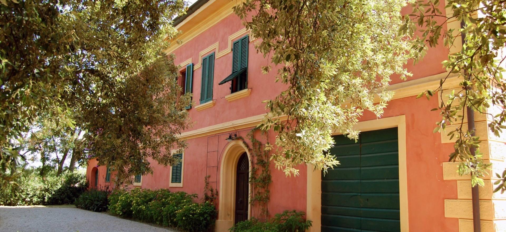 Agriturismo Toscane Rustige olijfolie agriturismo nabij Toscaanse kust
