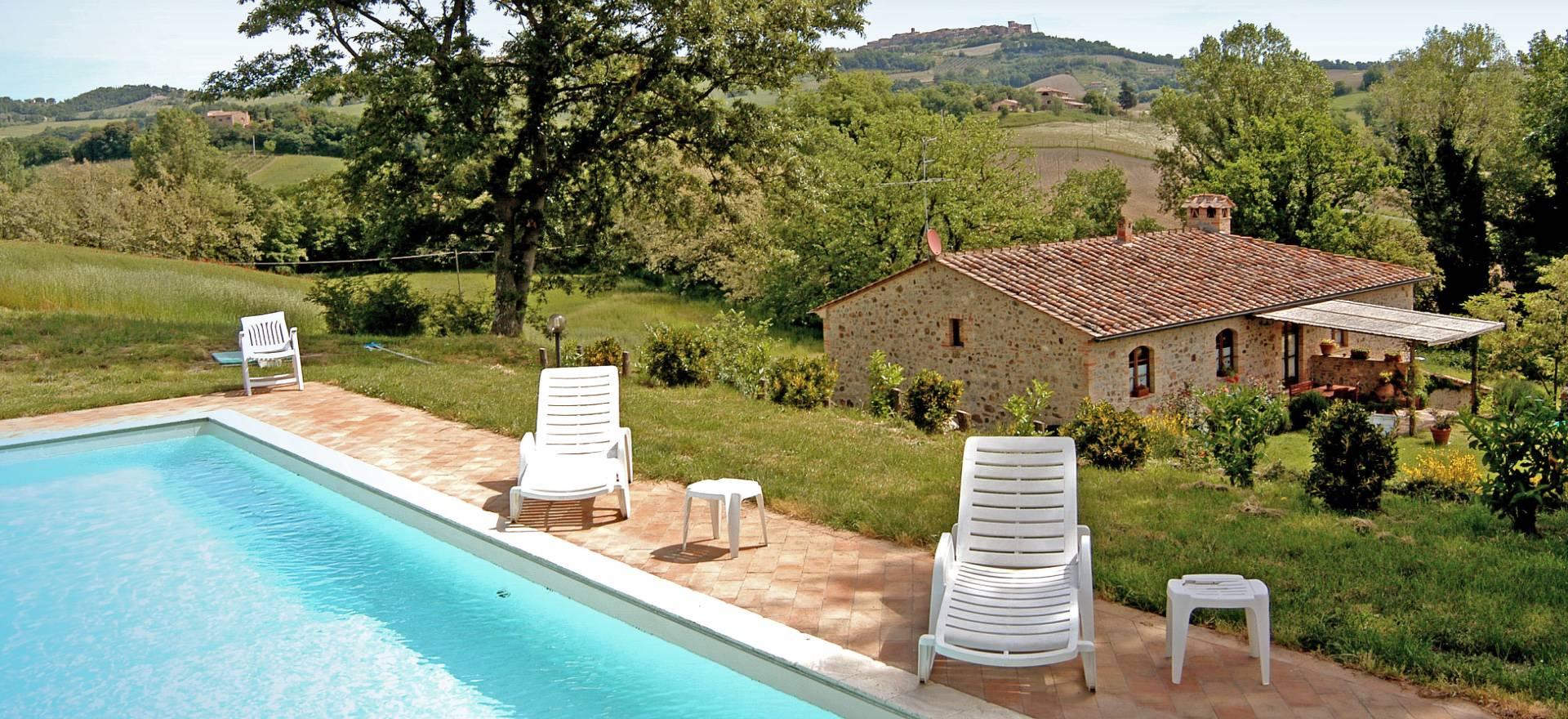 Agriturismo Toscane Twee landhuizen met prive zwembad in Toscane