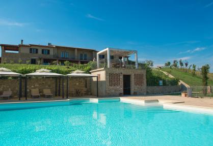 Gezellige agriturismo met panoramisch zwembad in Toscane